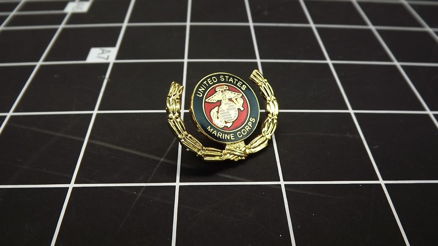 BRAND NEW GOLD TONE USMC UNITED STATES MARINE CORPS WREATH LAPEL / HAT PIN 2