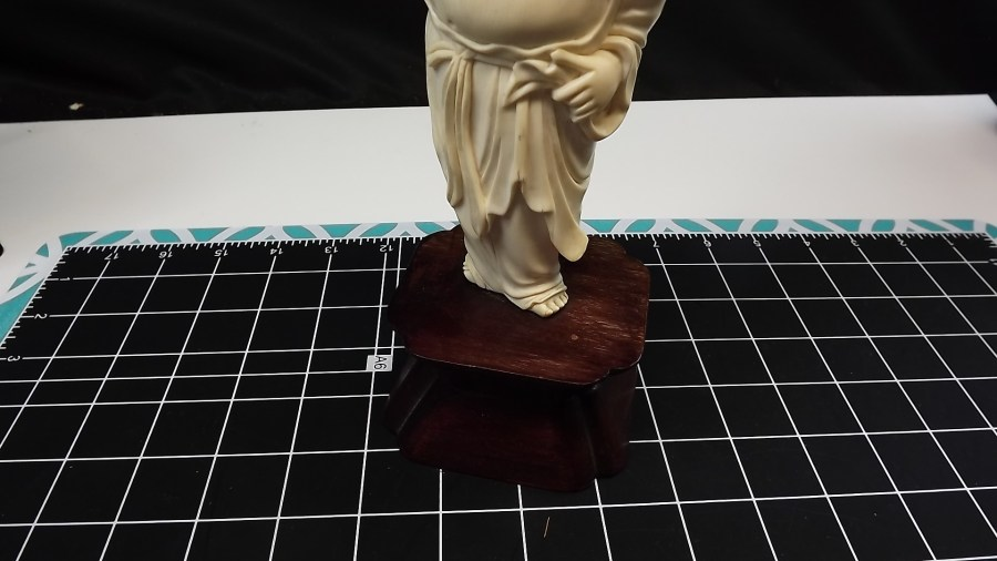 ANTIQUE VINTAGE HAND CARVED IVORY LUCKY BUDDAH FIGURINE 2