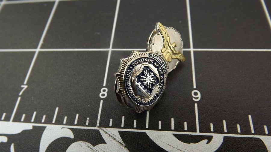 BRAND NEW Lapel Pin U.S. AIR FORCE MILITARY SECURITY POLICE BADGE ENAMELED T/T 1
