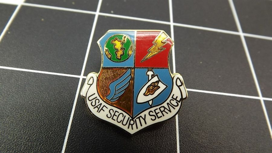 "CLOSEOUT! BRAND NEW Lapel Pin ""US AIR FORCE SECURITY SERVICE"" LIFETIME GUARANTEE 1"