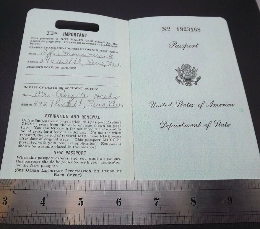 Effie Mona Mack's original Passport issued 1960 with travel stamps 5