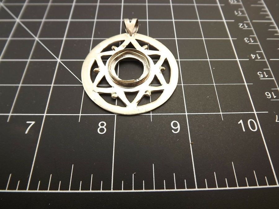 Sterling Silver 925 LARGE PENDANT FOR REPAIR OR PARTS Circle 8.3 Grams 3