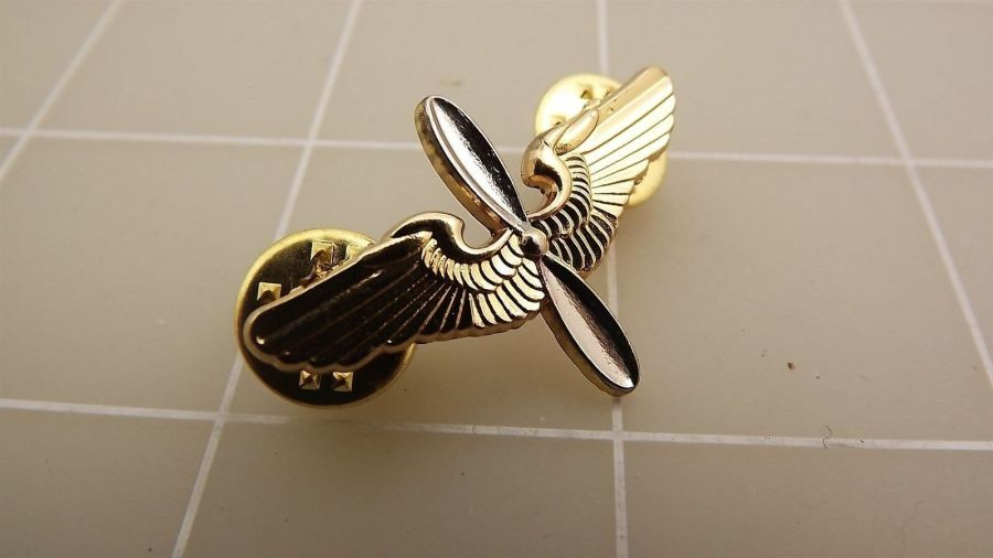 """BRAND NEW Lapel Pin United States Army Aviator Wings Early Prop & Wings 1 3/8"""" 3"""