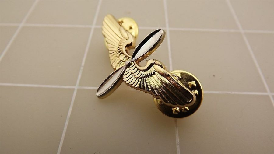 """BRAND NEW Lapel Pin United States Army Aviator Wings Early Prop & Wings 1 3/8"""" 4"""