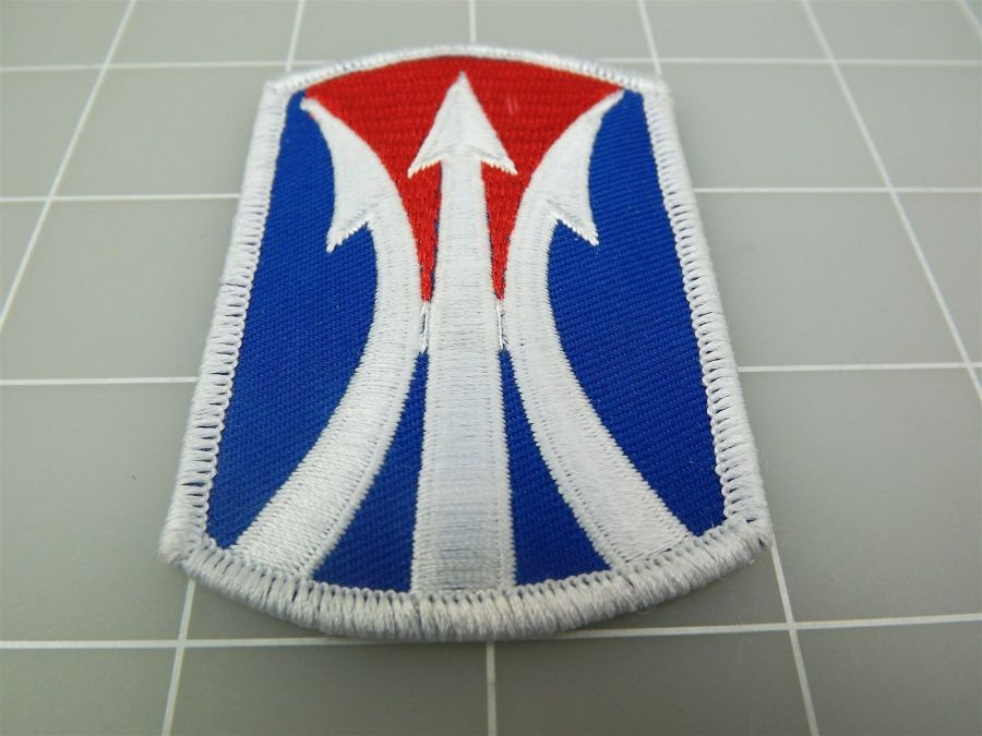 """BRAND NEW United States ARMY 11TH INFANTRY BRIGADE Blue & Red Patch 3"""" 1"""