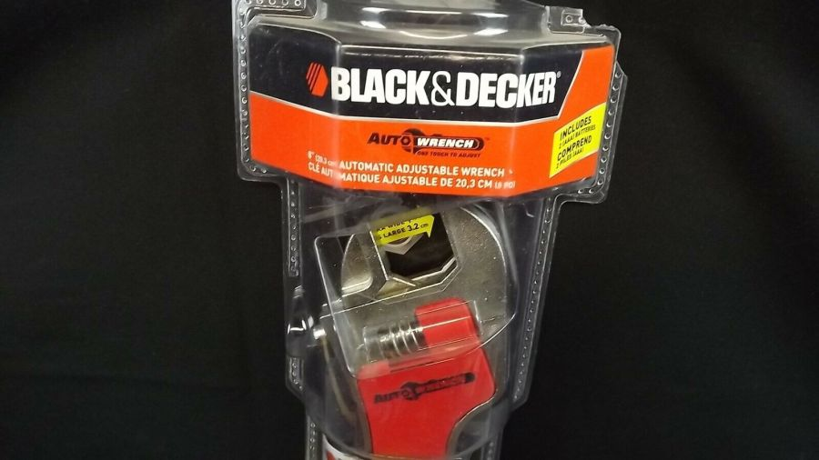 "Black & Decker AAW100-CA 8"" Auto Wrench Adjusting NEW-BATTERY OPERATED 3"