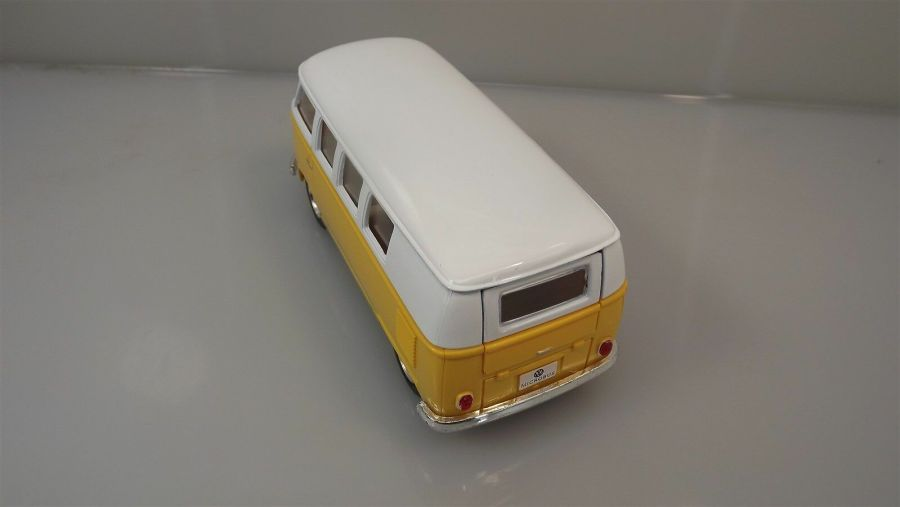 Collectible Die Cast YELLOW 1962 Volkswagen Classic Bus VW 1:32 Scale Kinsmart 4
