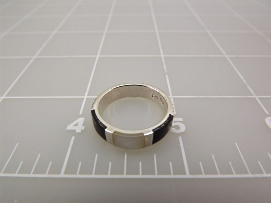 Sterling Silver 925 Black ONYX & MOTHER OF PEARL INLAY Ring Size 6 3.8Grams 5