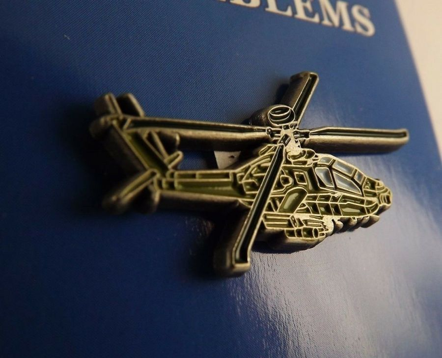 """BRAND NEW Lapel Pin Helicopter AH-64 APACHE Green Enamel 1 1/4"""" 1"""