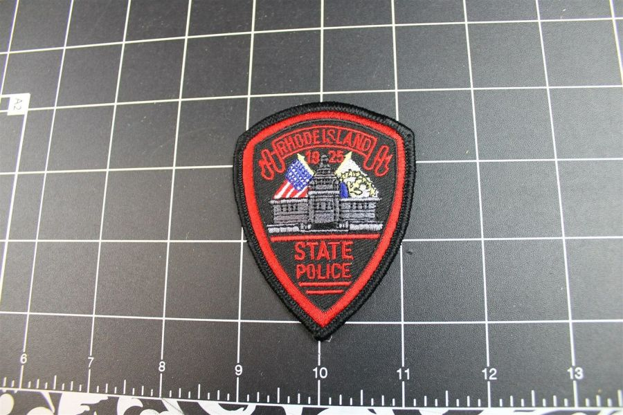 """""""RHODE ISLAND"""" STATE POLICE PATCH BRAND NEW 1"""