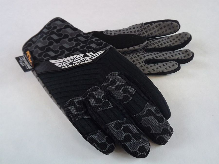 New FLY SWITCH SNOW GLOVE BLACK/GRAY BMX SNOWMOBILE THINSULATE Size 8 (ADULT SM) 1