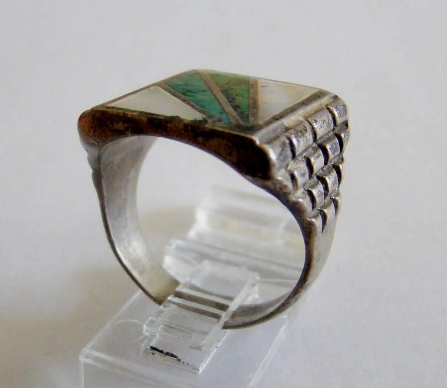 Sterling Silver Inlaid Spray Design Turquoise & Mother of Pearl Ring 3