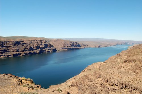 Columbia River from Ginkgo Petrified Forest State Park