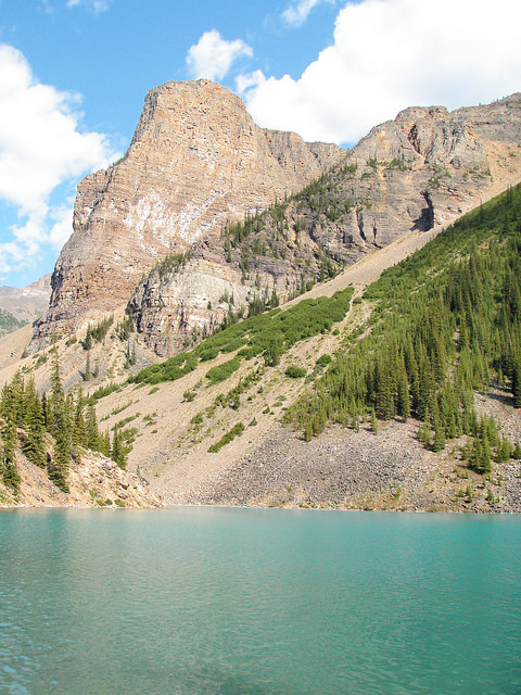 Visiting Moraine Lake and Lake Louise Alberta