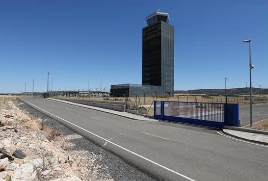 Spanish'ghost airport' sold for 10,000 euros