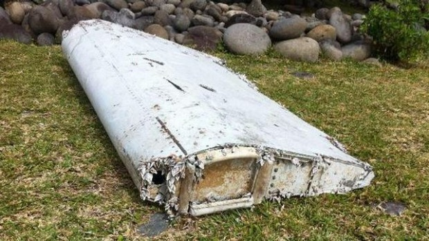 Debris found on Reunion Island studied for links to MH370