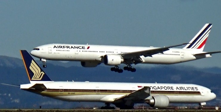 Singapore Airlines, Air France KLM said to be in talks on possible partnership