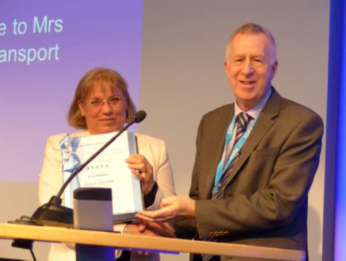 "FIATA bestowed on Mrs Eva Molnar the title of ""FIATA FELLOW"""