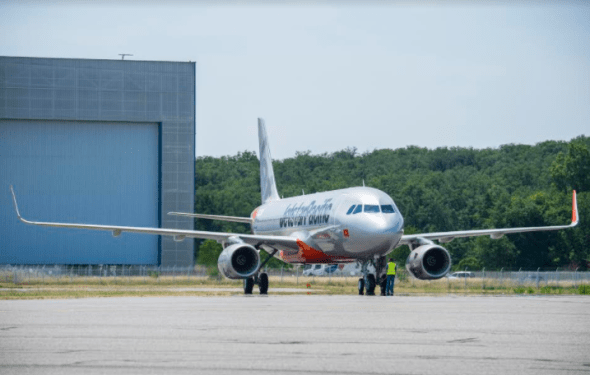 Jetstar Pacific's first 10 Airbus A320s