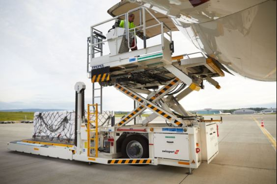 Swissport nabs €300 million financing, shakes on restructuring deal 'in principle'
