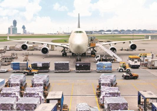 Hong Kong's cargo volume up double digits in April