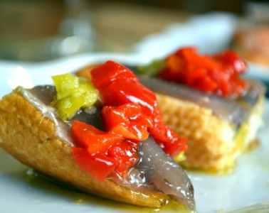 pintxos-anchois-huile-d-olive-pays-basque