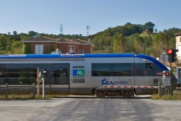 Train-TER-aquitaine-pays-basque