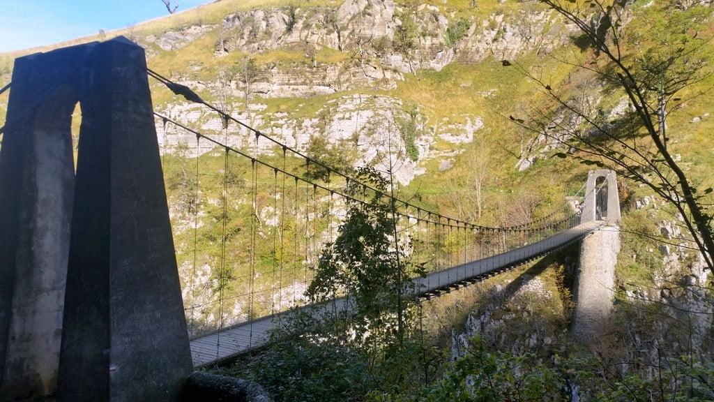 passerelle-Holzarte-randonnee-canyon-pays-basque