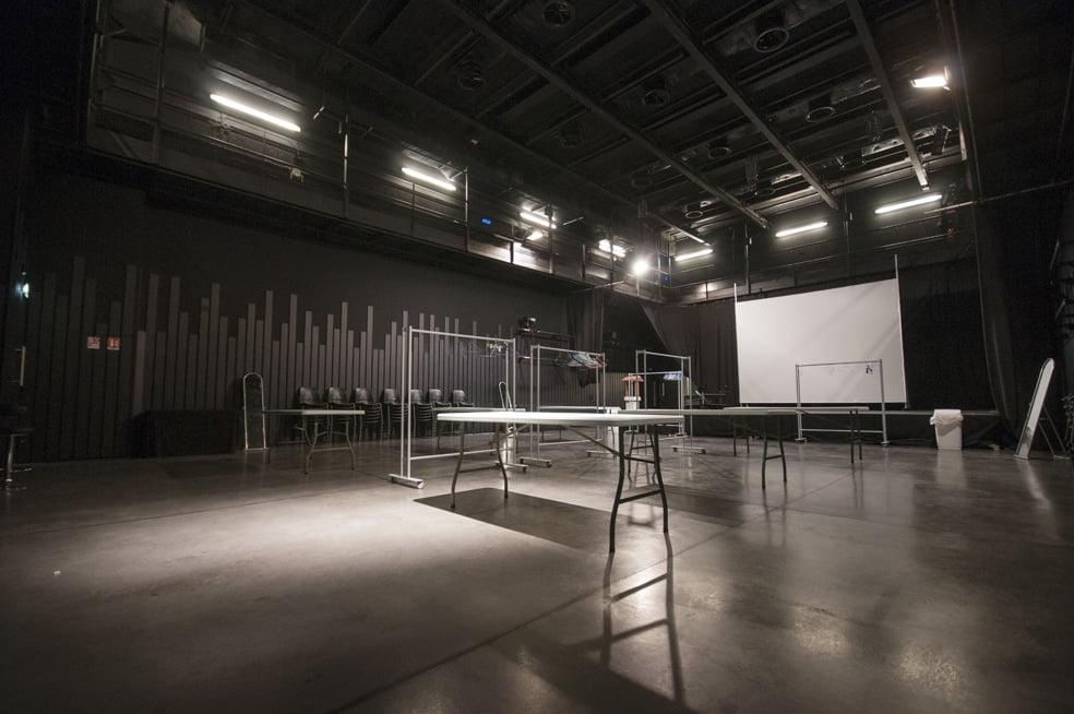 Théâtre Quintaou _ Black Box avec décor _ 26/06/14