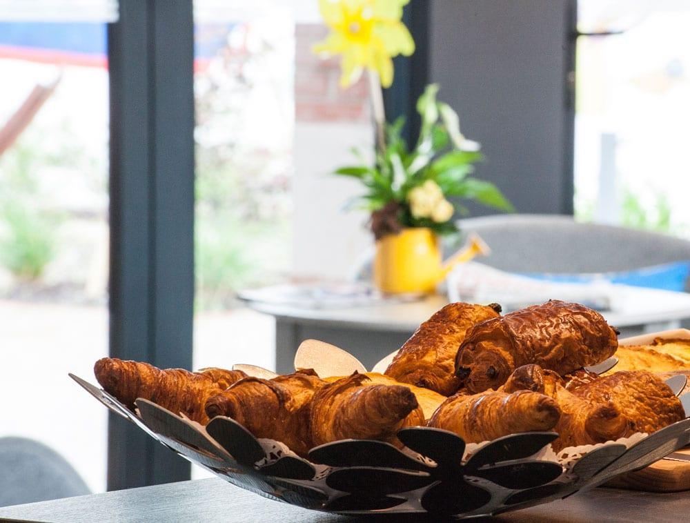 Hotel-balea-guethary-petit-dejeuner