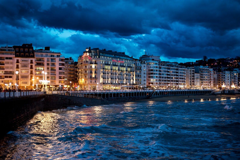 Hotel-Londres-Saint-Sebastien-Nuit-Donosti-pays-basque