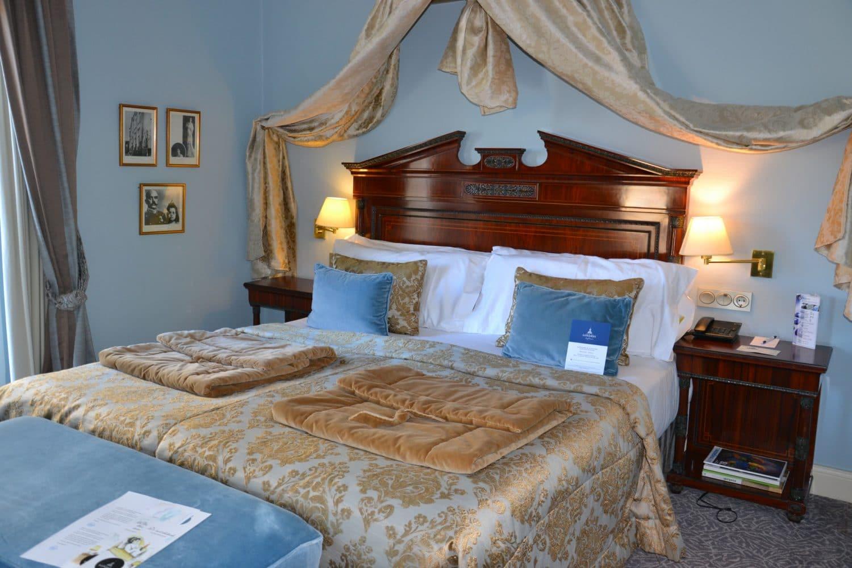 habitacion-Chambre-Donosti-Hotel-Londres-pays-basque
