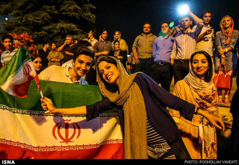 https://i2.wp.com/www.payvand.com/news/14/jun/Iranians-celebrate-after-Argentina-game-1-HR.jpg