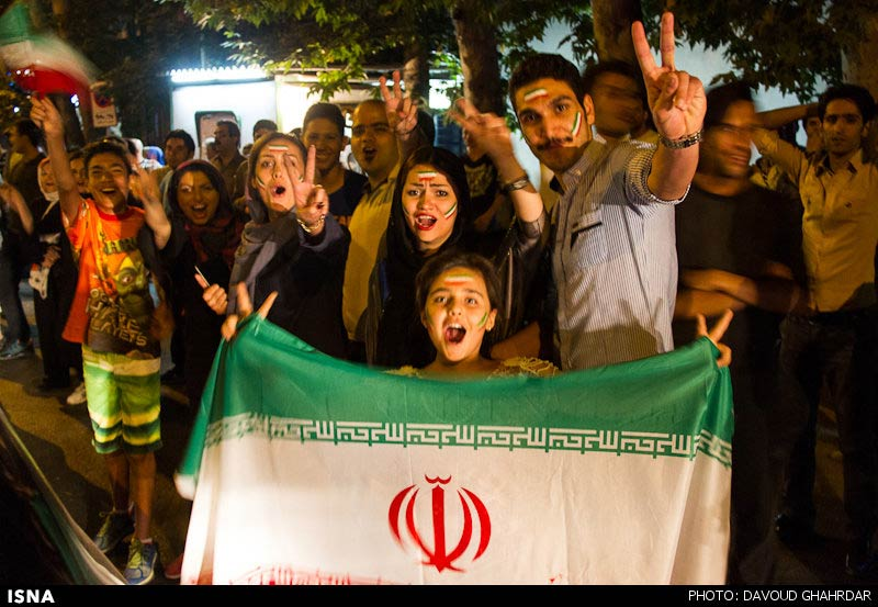 https://i2.wp.com/www.payvand.com/news/14/jun/Iranians-celebrate-after-Argentina-game-27-HR.jpg