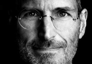 1-Dolar-Maas-Alan-CEOlar-Steve-Jobs-300x208