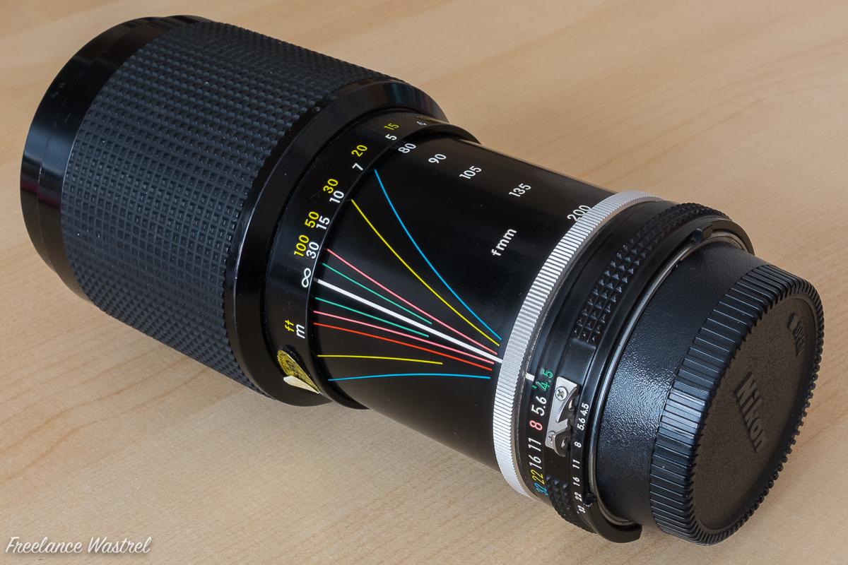 Zoom-Nikkor 80-200mm f4.5 (side)