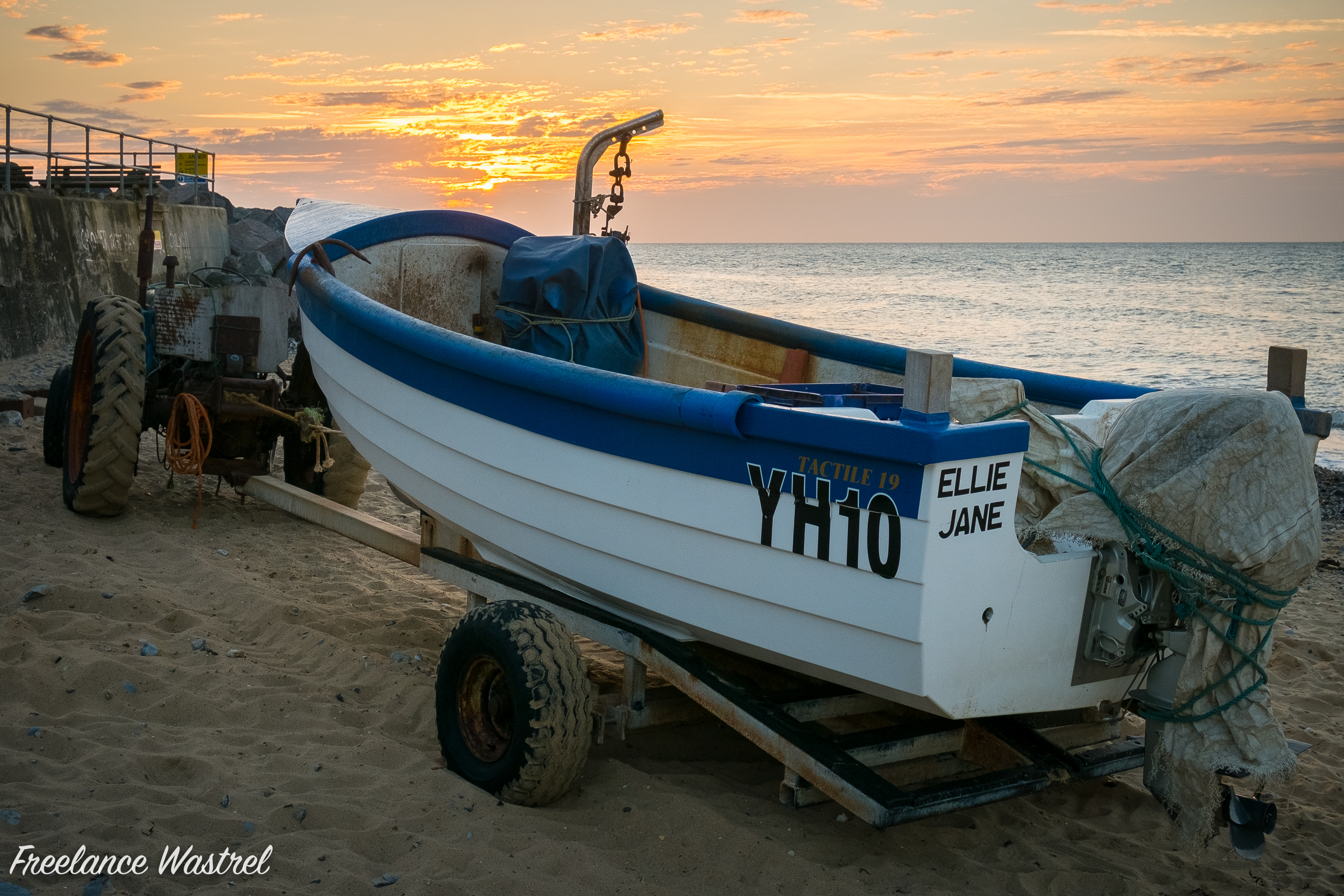 YH10 Ellie Jane, East Runton, June 2015