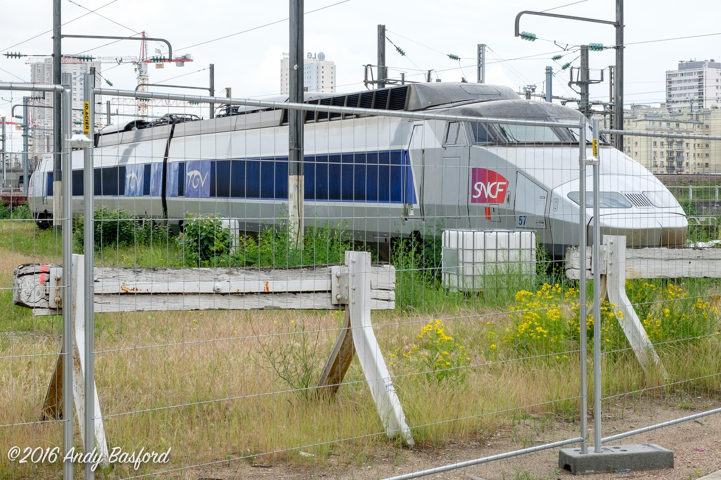 SNCF TGV Sud-Est power cars 23113 & 23114-20160618