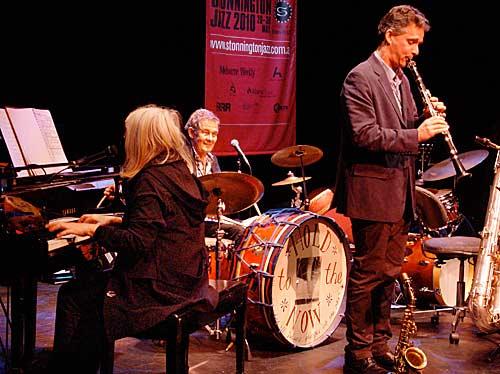 Margie Lou Dyer, Allan Browne, Jo Stevenson