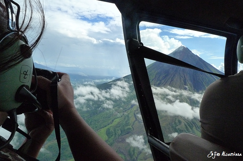 Shooting Mount Mayon from a chopper © Jojie Alcantara