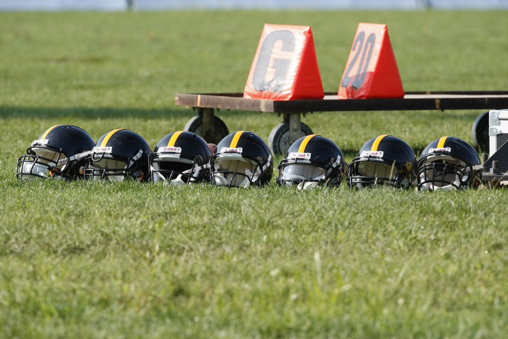 High School Football Players Face Bigger Concussion Risk League Of