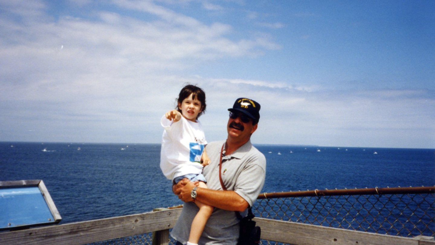 """A Daughter, Her Father, 9/11 and """"The Weight of Dust"""""""