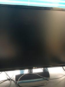 モニターが映らないデスクトップ型PCの故障検査方法