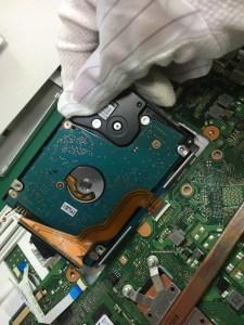 指紋認証パスワードが解除できなくなった東芝ノートPC T75のデータ復旧