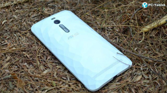 Asus ZenFone 2 Deluxe (5)