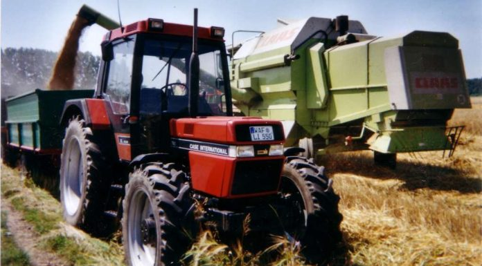 Mahindra driverless tractor