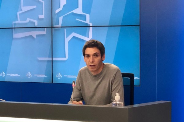 El PCE-EPK critica que el Gobierno Vasco no tenga previsto conmemorar el 90 aniversario de la II República.