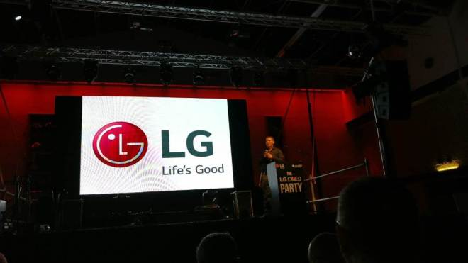 LG OLED 12