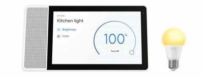 Lenovo_Smart_Display_with_Lenovo_Smart_Bulb1