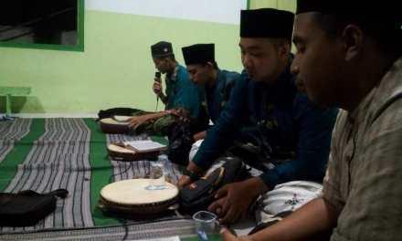 Pengurus PAC IPNU IPPNU Rejotangan Memperingati Maulid Nabi.